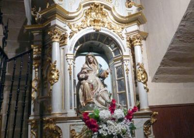 Retablo rococó de la Piedad tallado entre 1779 y 1783 por Juan de Urquiza y Juan Bautista Mendizábal