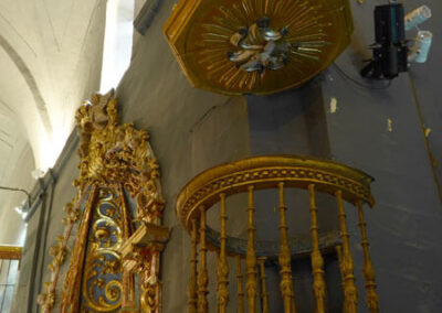Púlpito de hierro forjado del siglo XVII