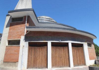 Acceso principal al templo