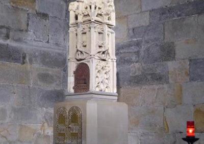 Sagrario de piedra, tallado entre 1500 y 1520, procedente de la iglesia de Santa María de Gorostiza (Nabarniz)