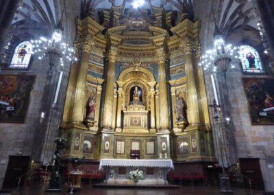 Retablo mayor neobarroco de la Basílica de Begoña