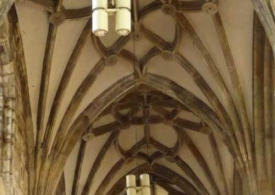 Bóveda de crucería en la nave lateral