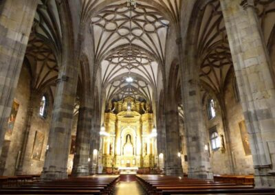 Interior de la Basílica de Begoña