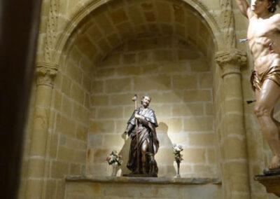 Sepulcro en arcosolio en la capilla López Ibaseta