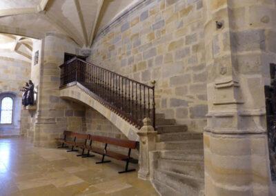 Escalera de acceso al coro