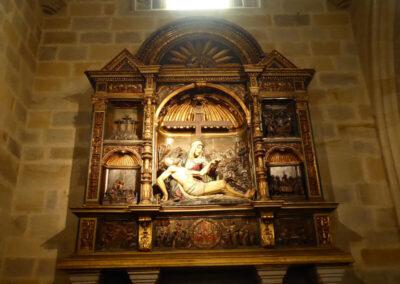 Retablo plateresco en la capilla Martínez de Recalde