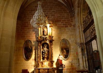 Bóveda de crucería en la capilla Lezama Leguizamón