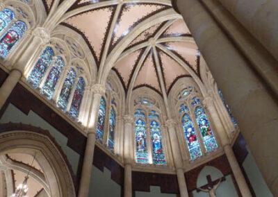 Bóveda estrellada sobre el presbiterio