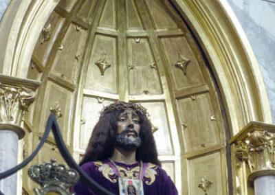 Detalle de Jesús Cautivo y Rescatado en el altar del Nazareno