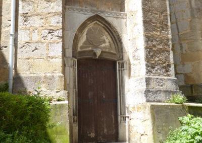 Acceso exterior a la cripta de la Soledad, propiedad de la familia Arana (1925)