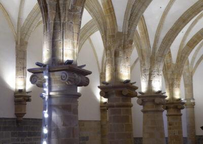 Grandes columnas de orden jónico
