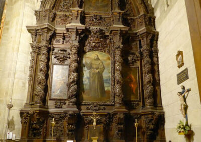 Retablo de Diego Alcalá con lienzos de Nicolás Antonio de la Cuadra