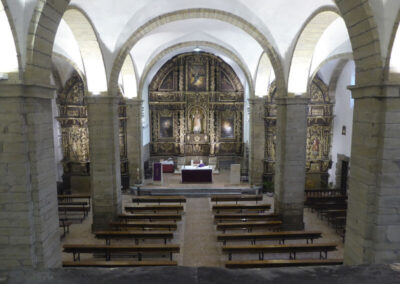 Interior de la iglesia de San Vicente mártir