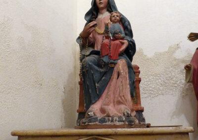 Virgen del Rosario del siglo XVII, en la sacristía