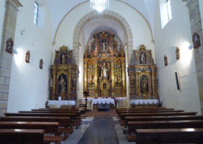Interior de la iglesia de San Nicolás de Bari