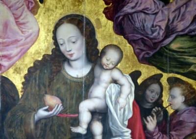 Virgen de la Pera de trazas hispano-flamencas