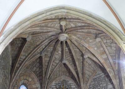 Bóveda estrellada en la cabecera