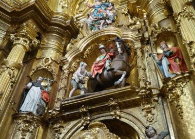 San Martín sobre el caballo batiendo la capa