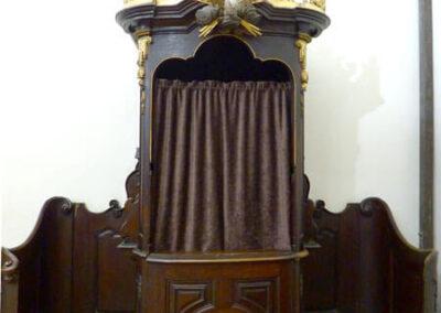 Confesionarios con cabina realizados en 1775
