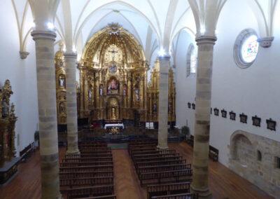Interior de la iglesia de San Martín obispo